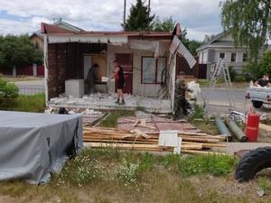 Почти 40 незаконных торговых точек снесли в Сормове