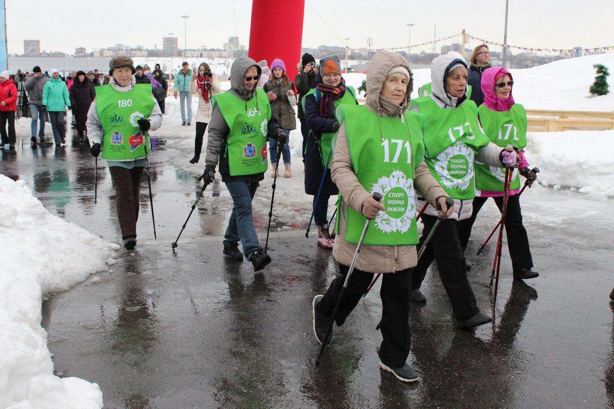 Нижегородцы отметили спортивную Масленицу в «Зимней сказке» - фото 6