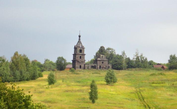 Как умирает нижегородское зодчество: история последней деревянной церкви в Лысковском районе - фото 11