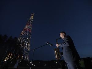 Концерт классической музыки и прошел у Шуховской башни в разгар пандемии