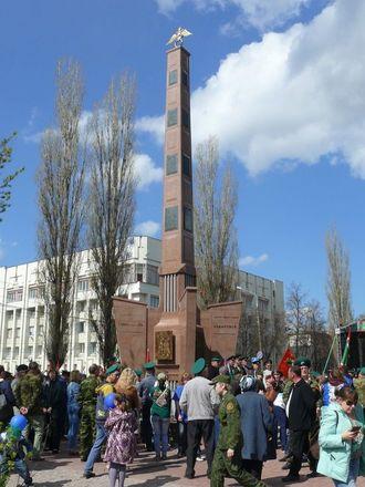 В Нижнем Новгороде торжественно открыли памятник пограничникам - фото 4