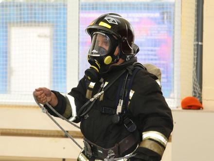 Лучшего нижегородского тушителя пожаров определили из семи претендентов