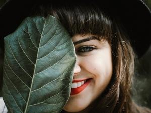 6 продуктов, из-за которых портится цвет зубов