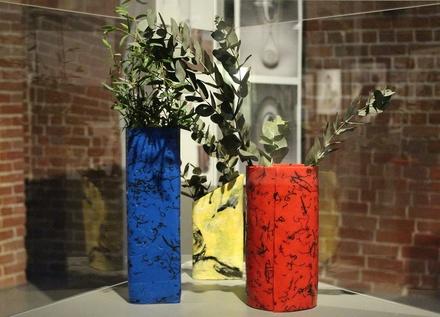 """""""Фантастик Пластик"""": выставка вещей из переработанных отходов открылась в Нижнем Новгороде"""