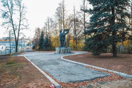 Архитектурно-художественная подсветка появится у памятников в парке «Швейцария»