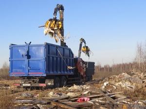 20 грузовиков потребуется для расчистки свалки у Петряевки