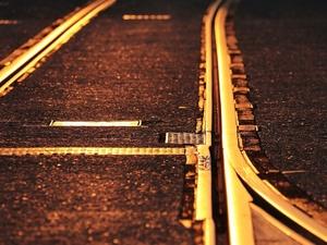 20-летняя девушка погибла под колесами поезда на Бору