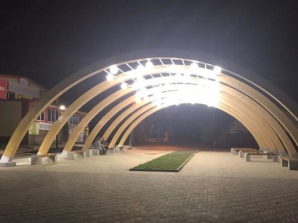 Площадь Свободы в Красных Баках благоустроили за 4,3 млн рублей - фото 2