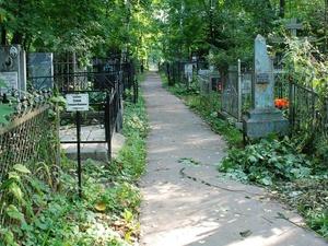 Смотритель нижегородского кладбища предстанет перед судом за взятку