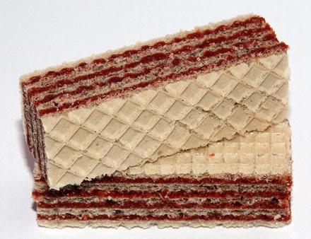 Названы 5 самых популярных у россиян сладостей