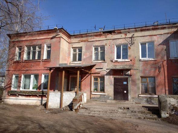 Завершен ремонт фасада и кровли поликлиники в поселке Память Парижской Коммуны - фото 2