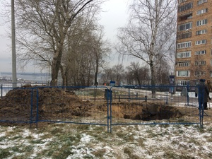 Жители домов на набережной Федоровского по-прежнему остаются без воды (ФОТО)