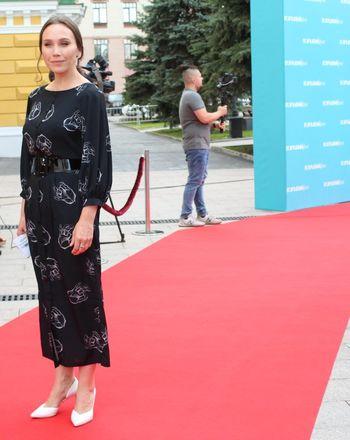 Звезды российского кино приехали в Нижний Новгород на «Горький fest» - фото 32