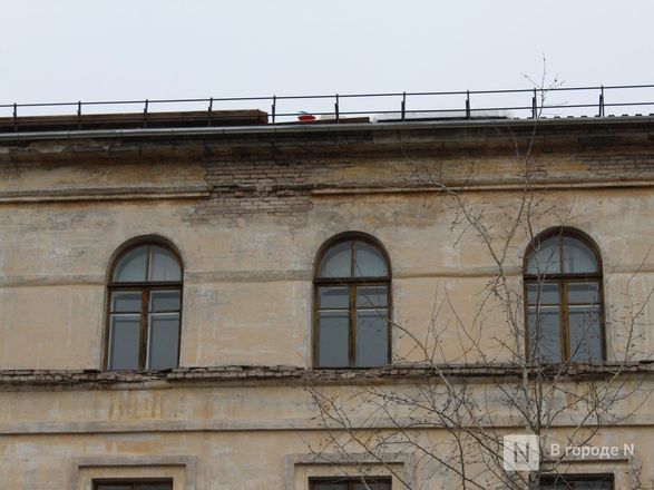 Текущую крышу в нижегородской гимназии № 67 отремонтируют через две недели - фото 16