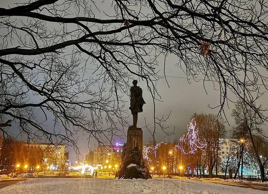 Подрядчик для ремонта площади Горького определится в ближайшие дни - фото 1